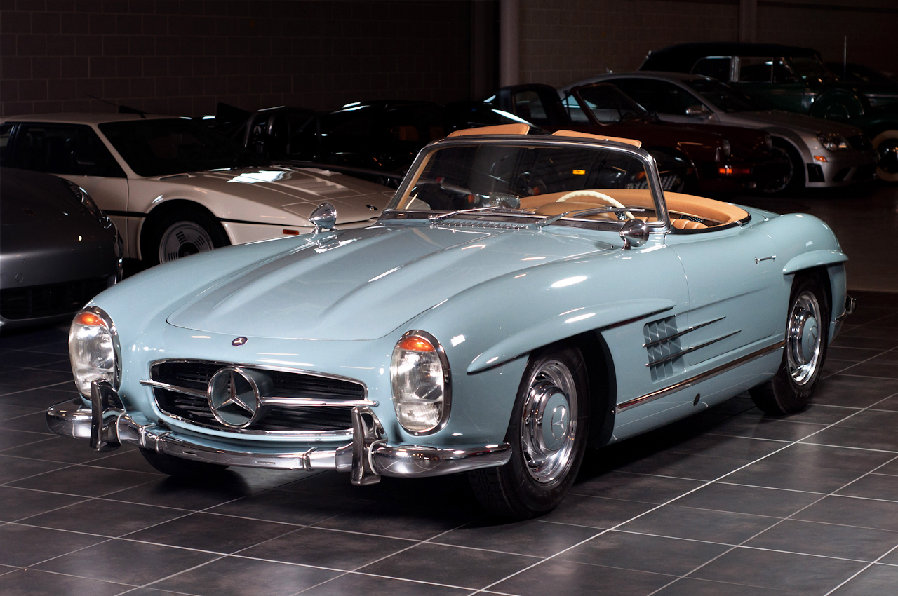mercedes benz 300sl roadster. Black Bedroom Furniture Sets. Home Design Ideas